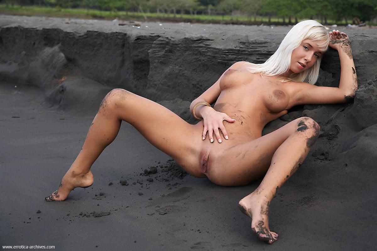 sandbeach pussy