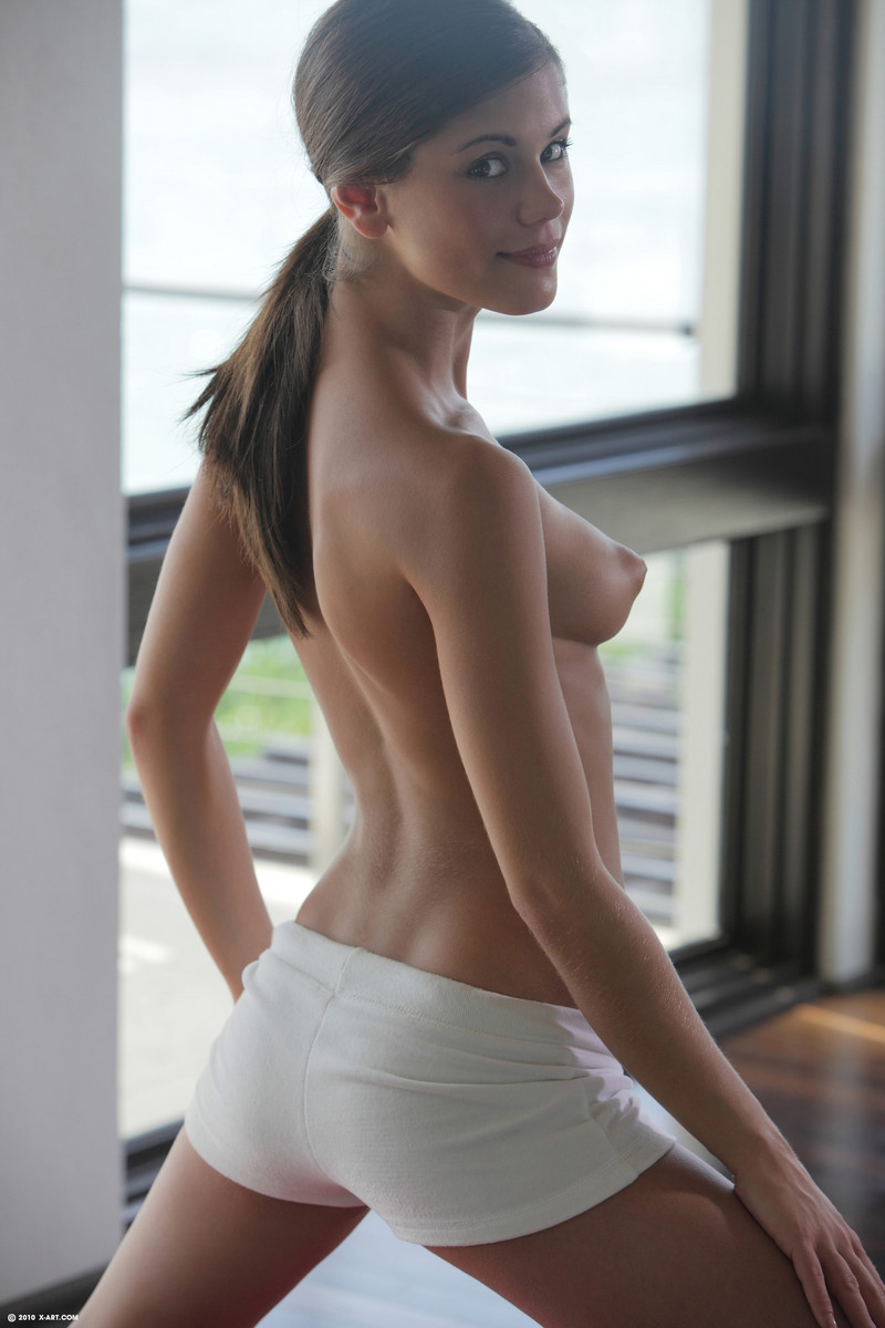 Free nude girls in night gowns galleries exposed pics