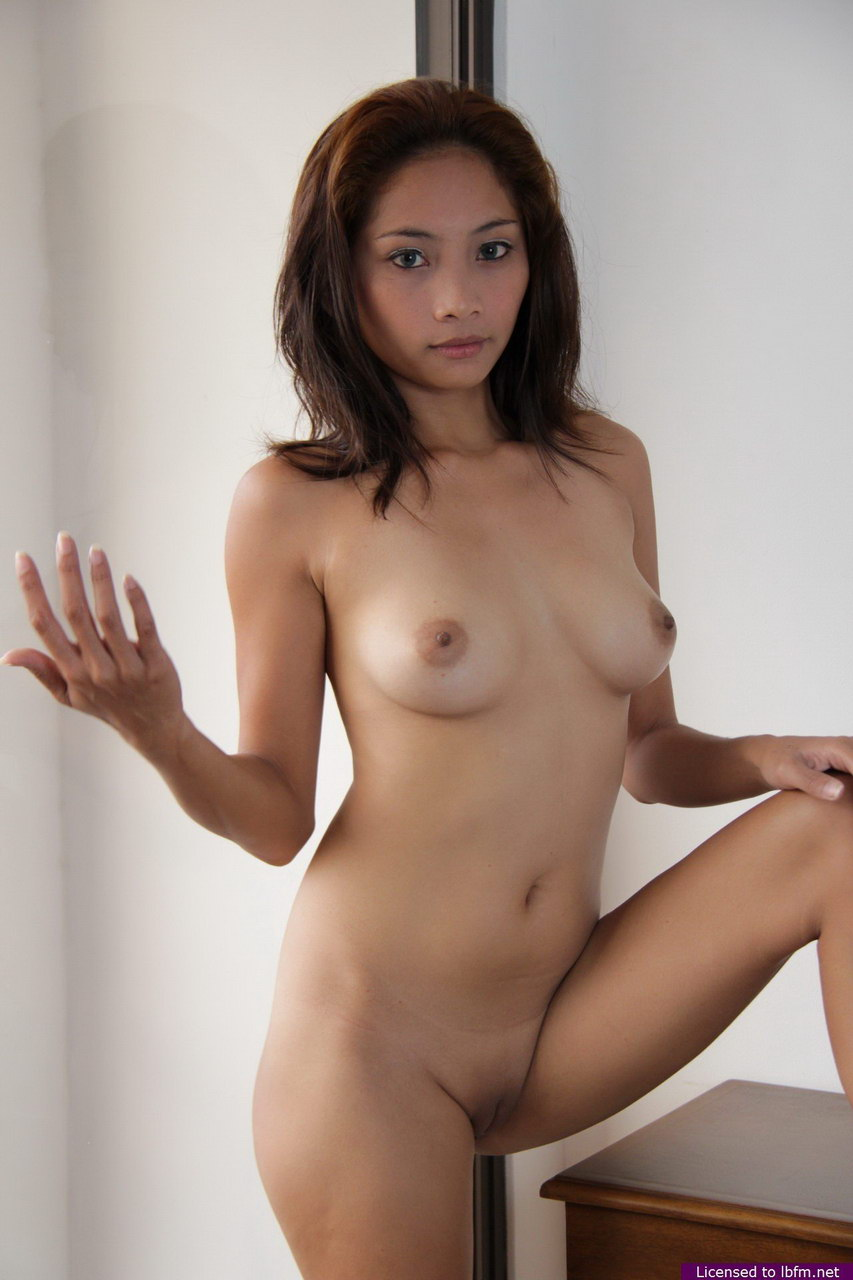 beautiful asian girl webcam