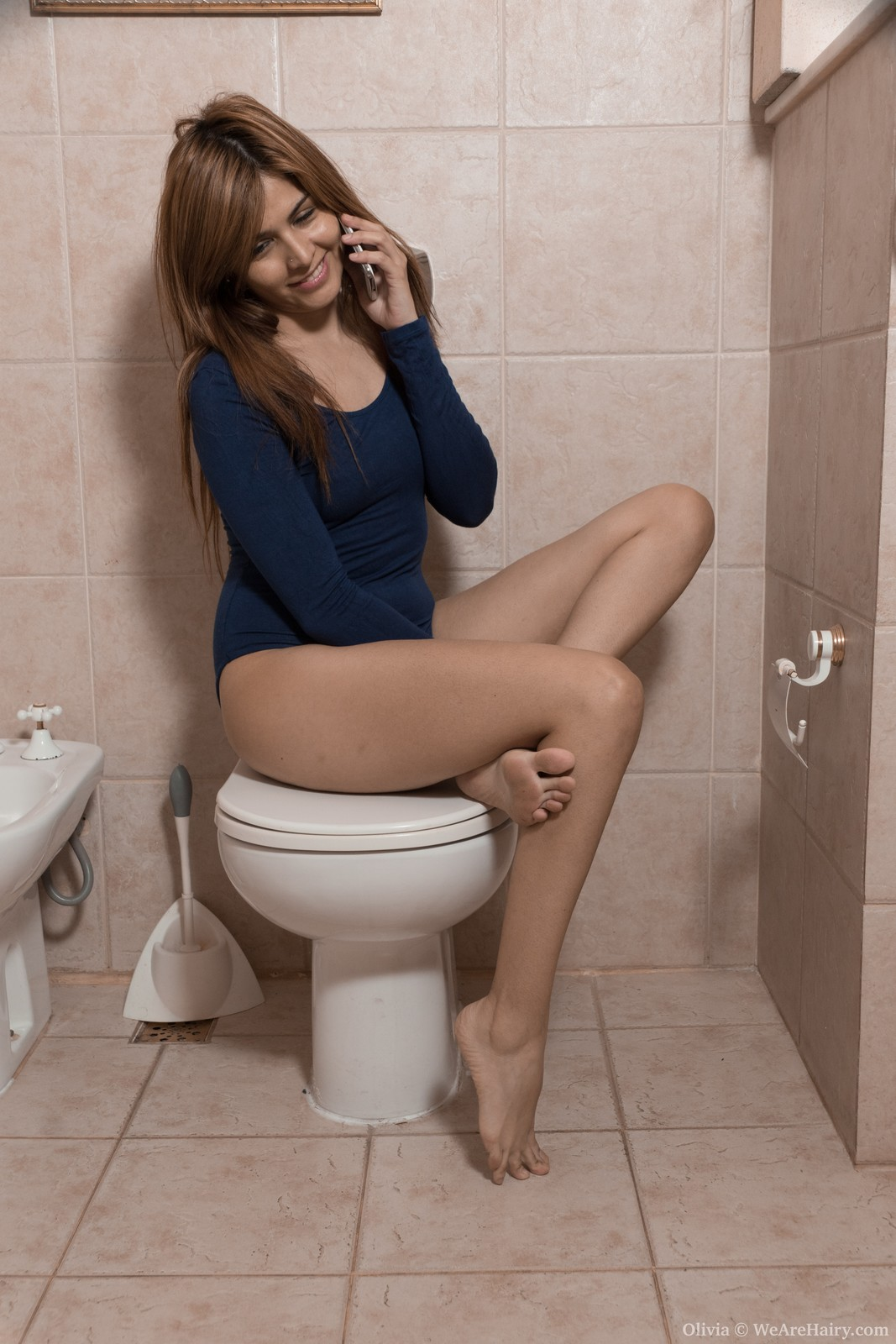 nude women on the toilet