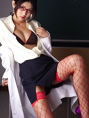 Erotic picture of Noriko Kijima Asian is erotic doctor with red fishnets and specs