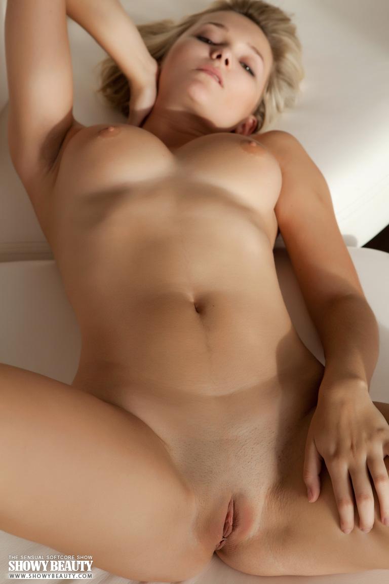 sexy naked arab girls