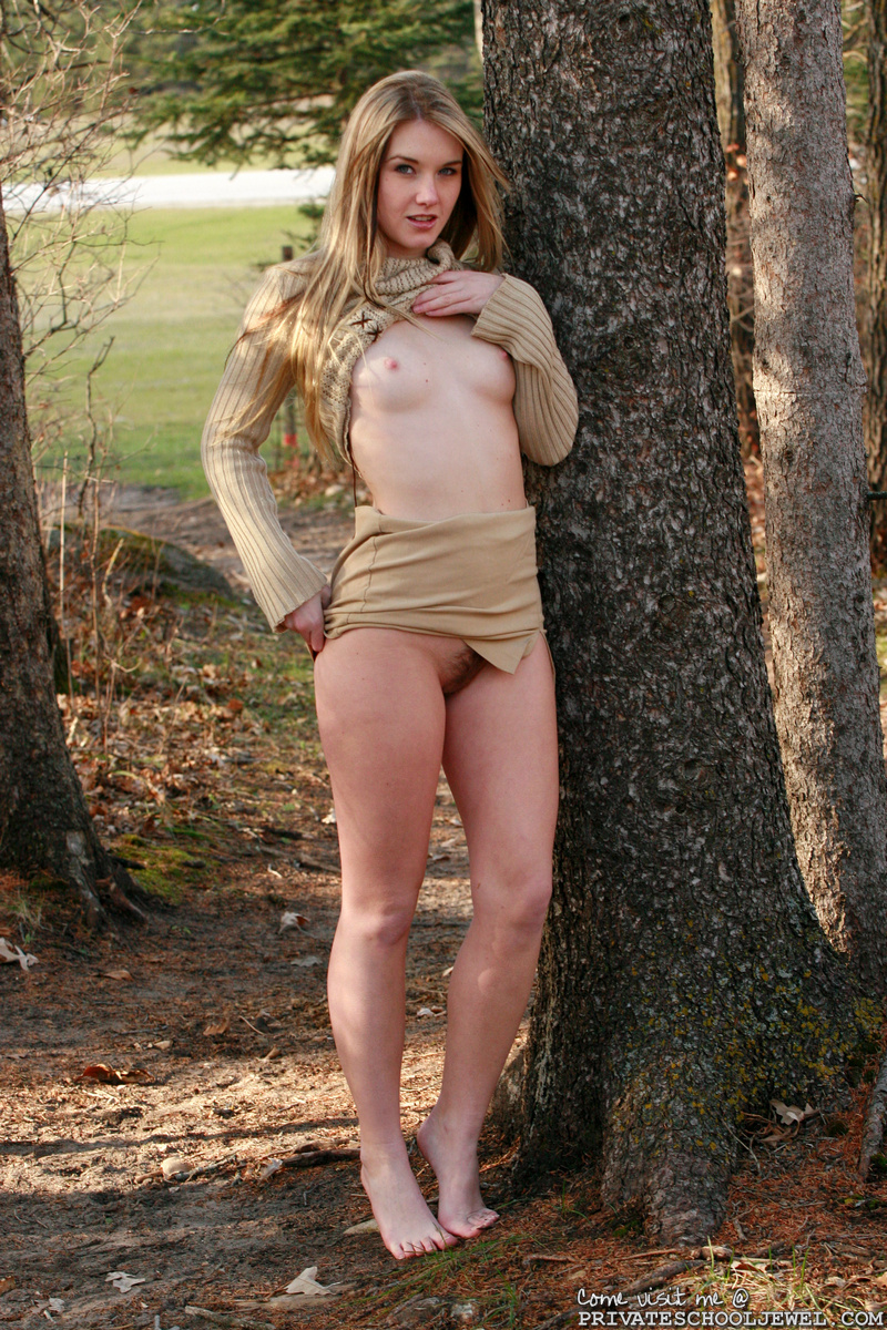 Teen nude outdoors