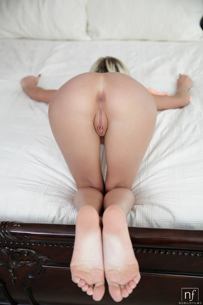 hot bald pussy bent over